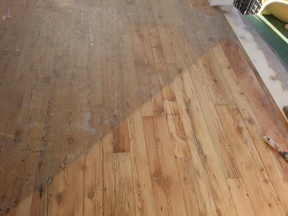 Restauro riparazioni di tutti i tipi di parquet